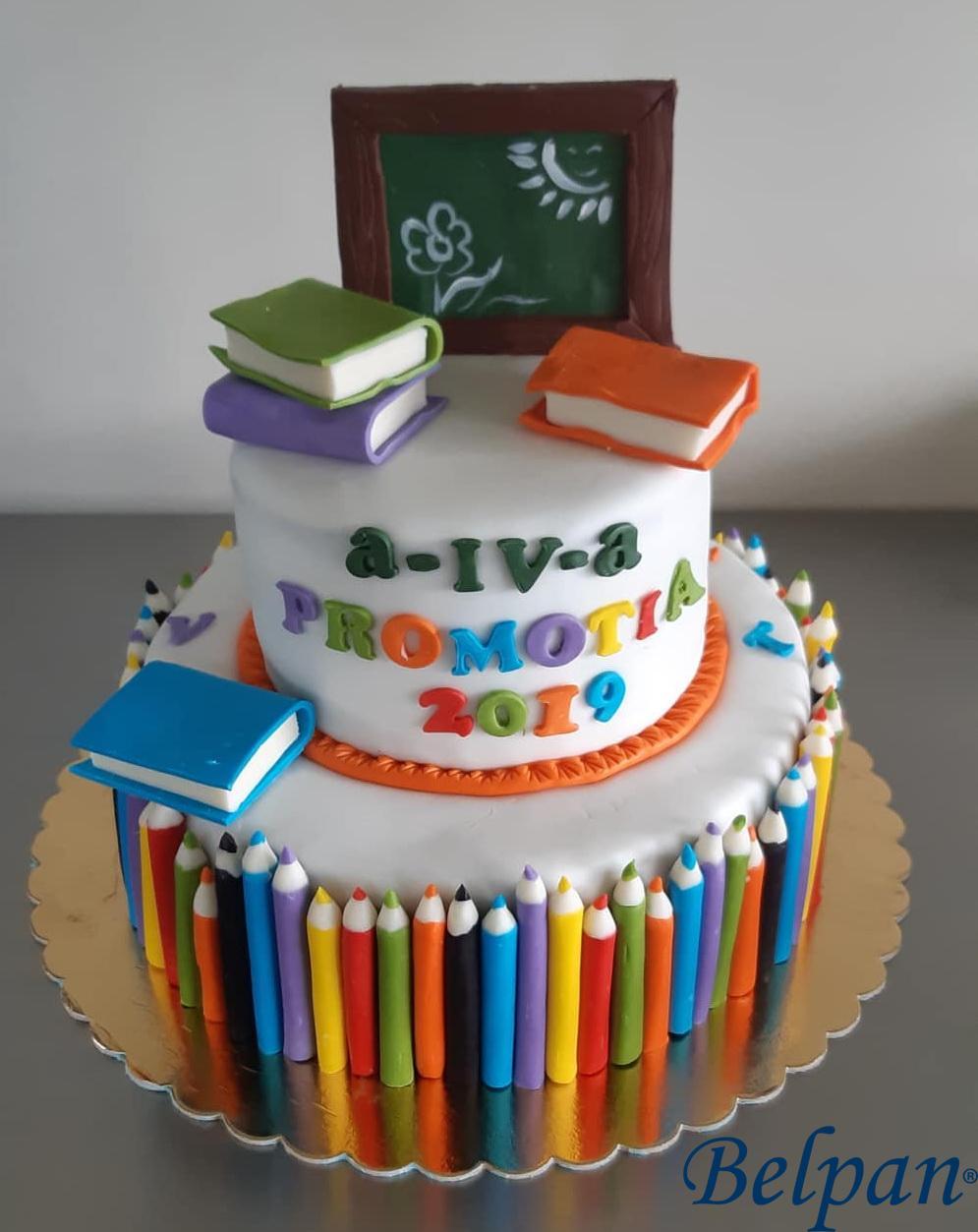Tort creioane colorate