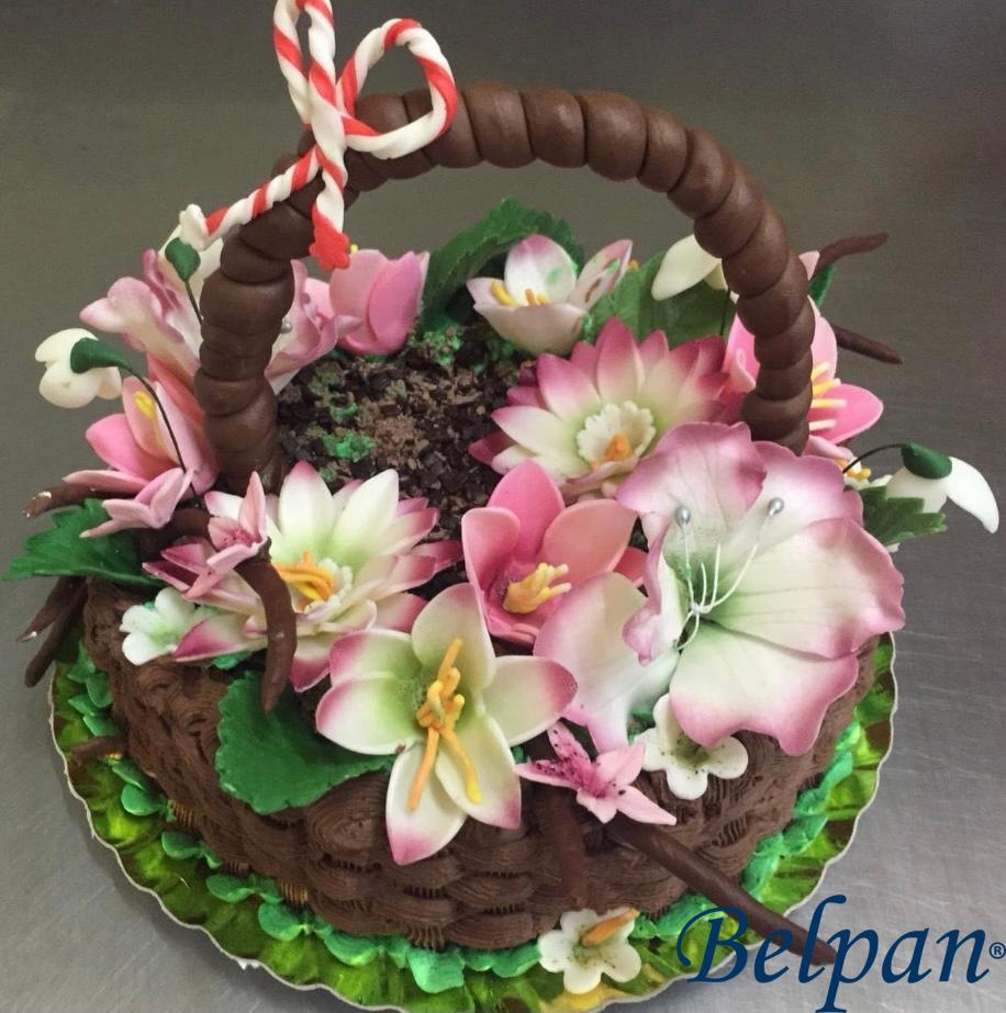 Tort buchet de flori