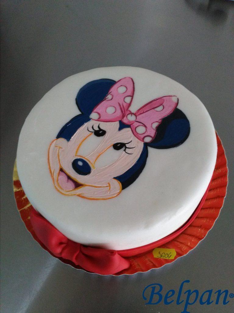 tort pictat Minnie Mouse
