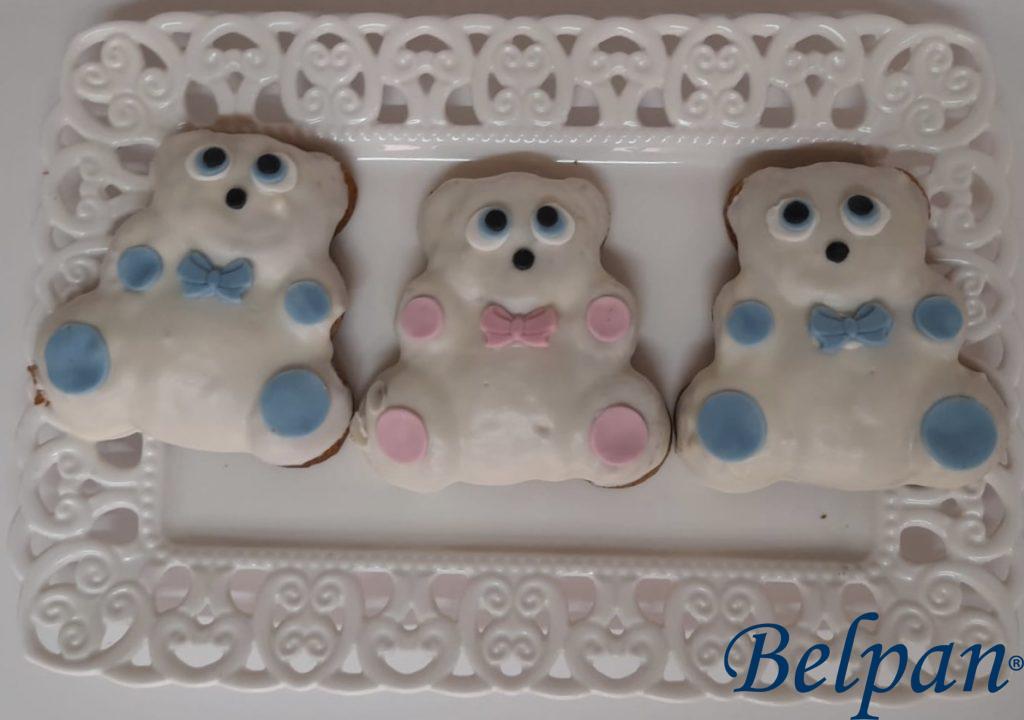Catelusi figurine dulci ciocolata alba